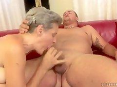 mature hd clip