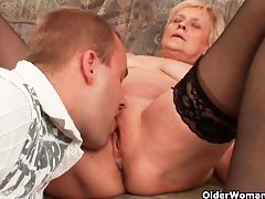 granny in stockings gets pussy licking