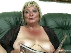 mature bbw mom porn