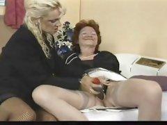 nl mature lesbian